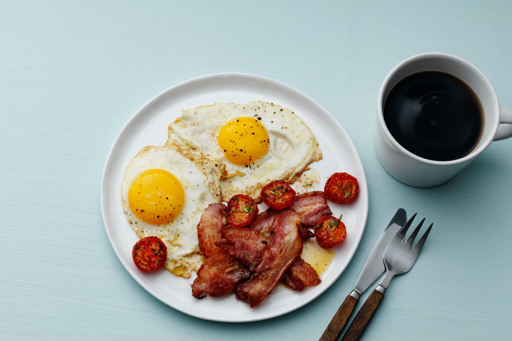 Quick Keto Breakfast - Bacon and Eggs